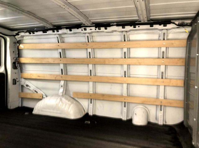 GMC Savana Cargo