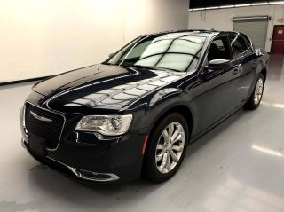 2016 Chrysler 300 AWD Limited Anniversary 4dr Sedan