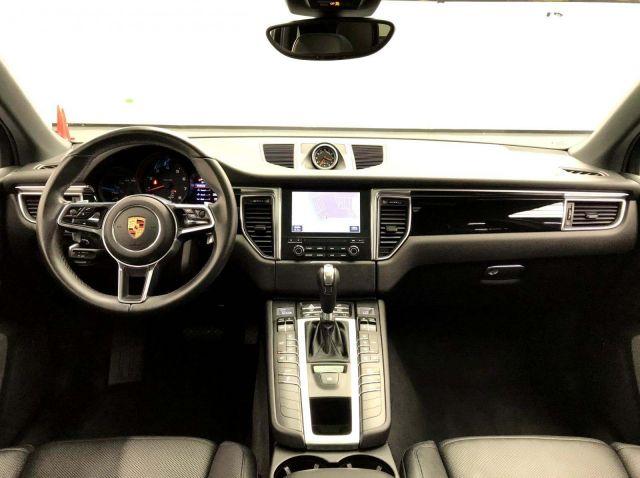 Porsche Macan