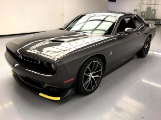 2017 Dodge Challenger R/T Scat Pack 2dr Coupe