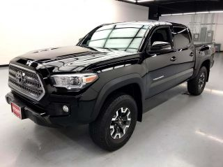 2016 Toyota Tacoma 4x4 TRD Off-Road 4dr Double Cab 5.0 ft SB 6M