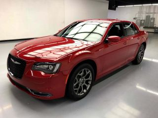 2016 Chrysler 300 AWD S 4dr Sedan