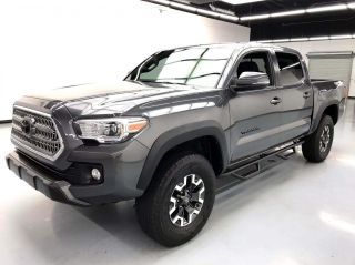 2017 Toyota Tacoma 4x4 TRD Off-Road 4dr Double Cab 5.0 ft SB 6A