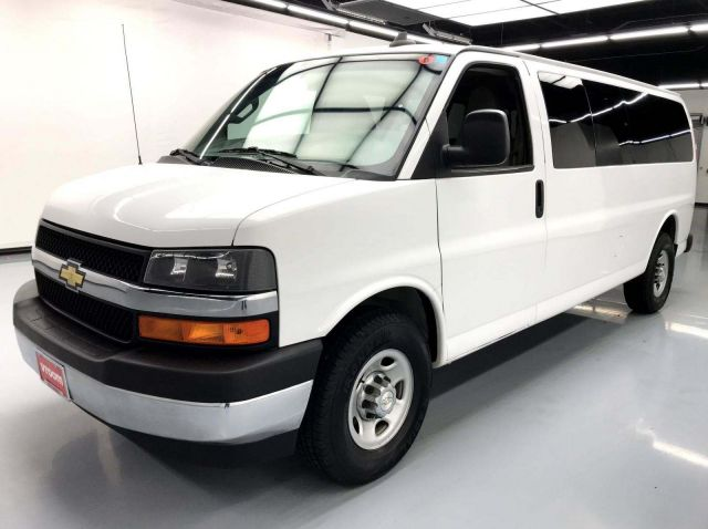 Minivans For Sale >> Used Minivans For Sale Buy Online Home Delivery Vroom